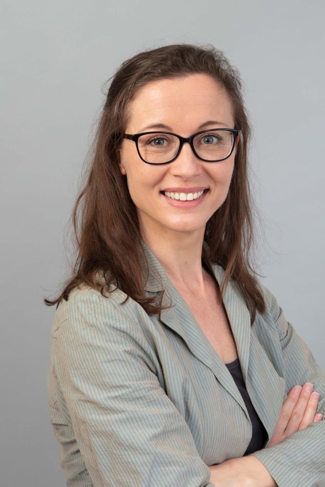 Juridica Translations - Erica Tegelaar, jurist en beëdigd vertaler Engels-Nederlands en vice versa